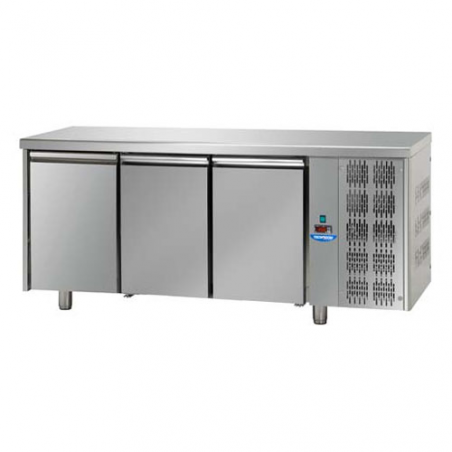 Refrigerated pastry counter 3 doors