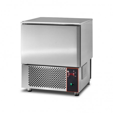 Blast chiller for 5 pans