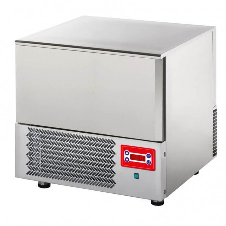 Blast chiller for 3 pans
